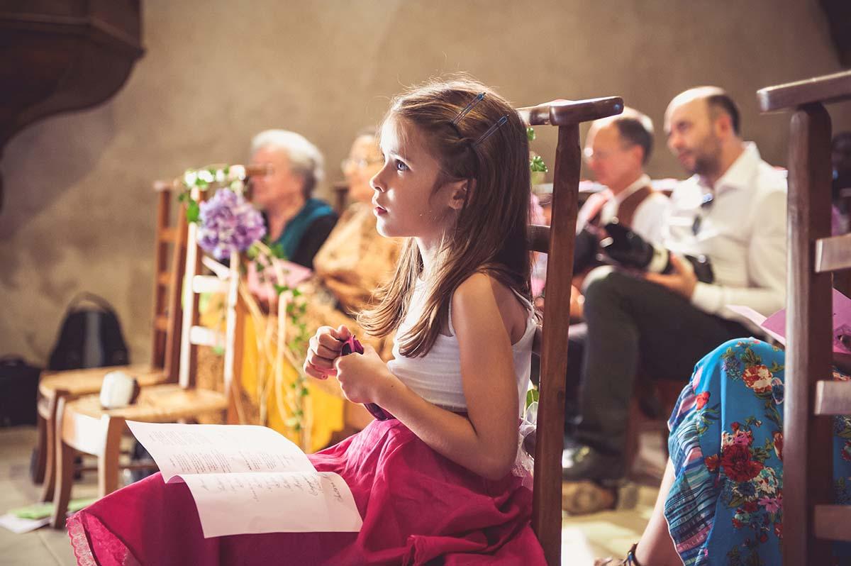 Cérémonie intime dans une chapelle