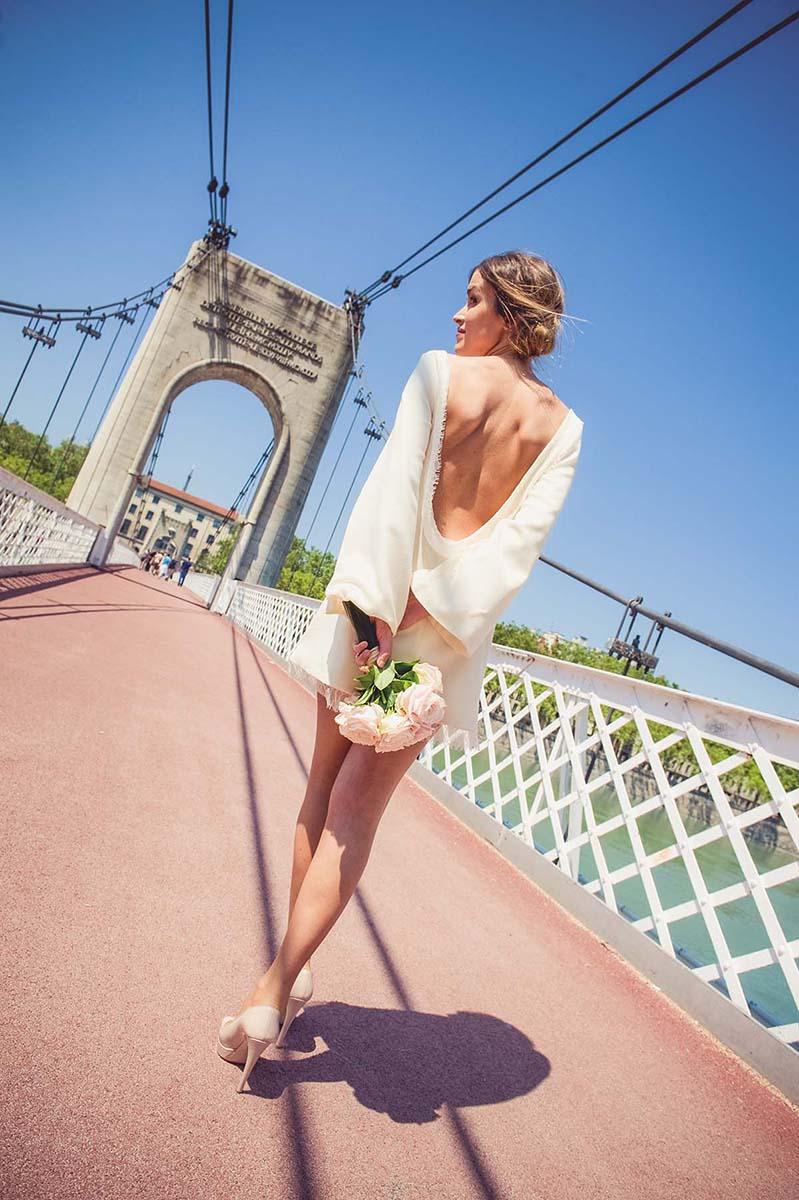 La mariée au dos nu